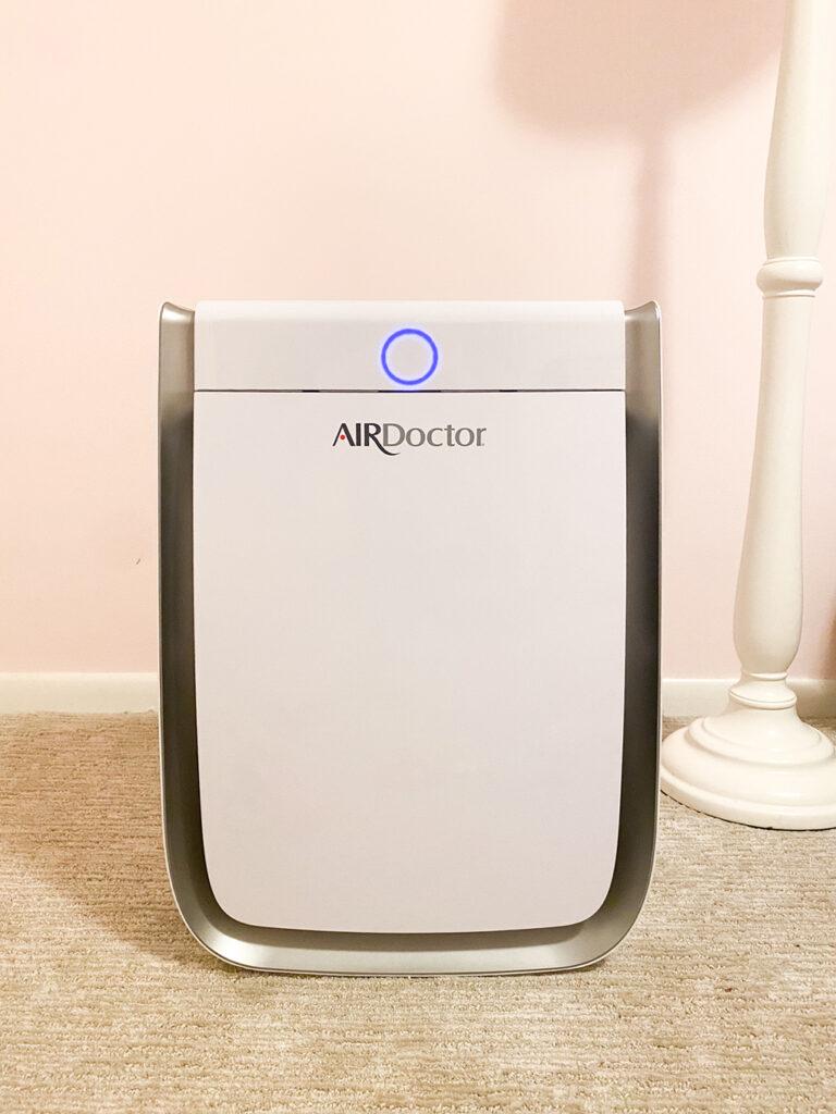 Personal Air Purifier agutsygirl.com #airpurifier #airfilter #airdoctor